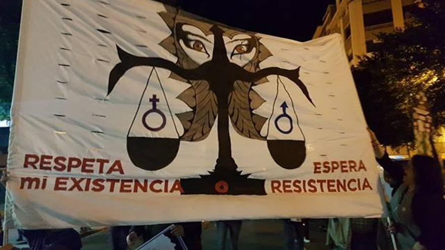 Pancarta de la manifestación feminista del 8 de marzo en Valencia