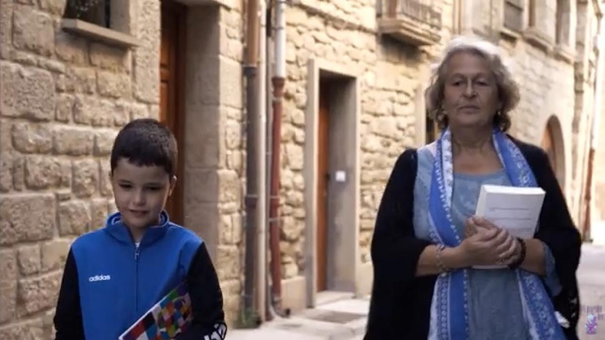 Imagen del vídeo promocional de la red 'Mi Pueblo Lee'