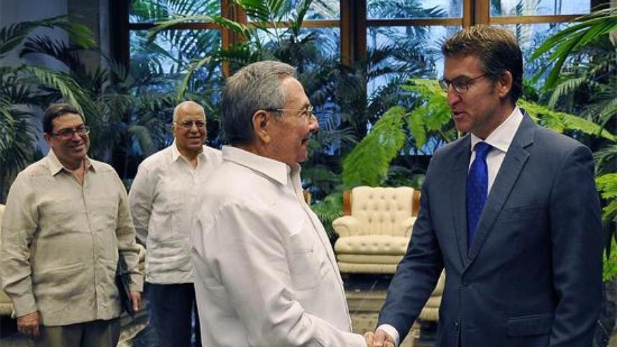 Feijóo, recibido por Raúl Castro