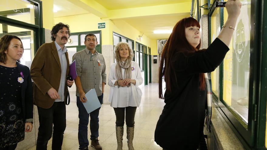 """Díaz Tezanos anima a los jóvenes a construir una """"sociedad libre de violencia"""""""