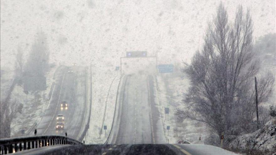 Aviso de riesgo de nevadas hasta el mediodía de hoy en la sierra