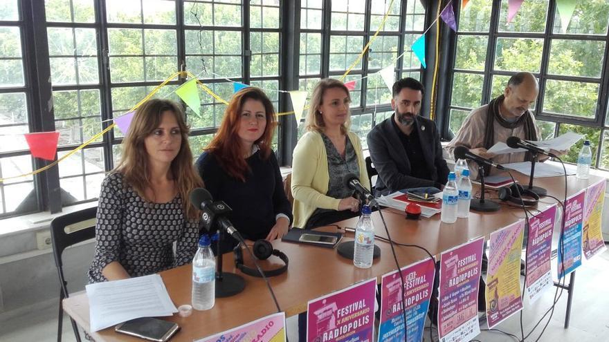 Debate sobre cultura en el maratón radiofónico de la emisora.