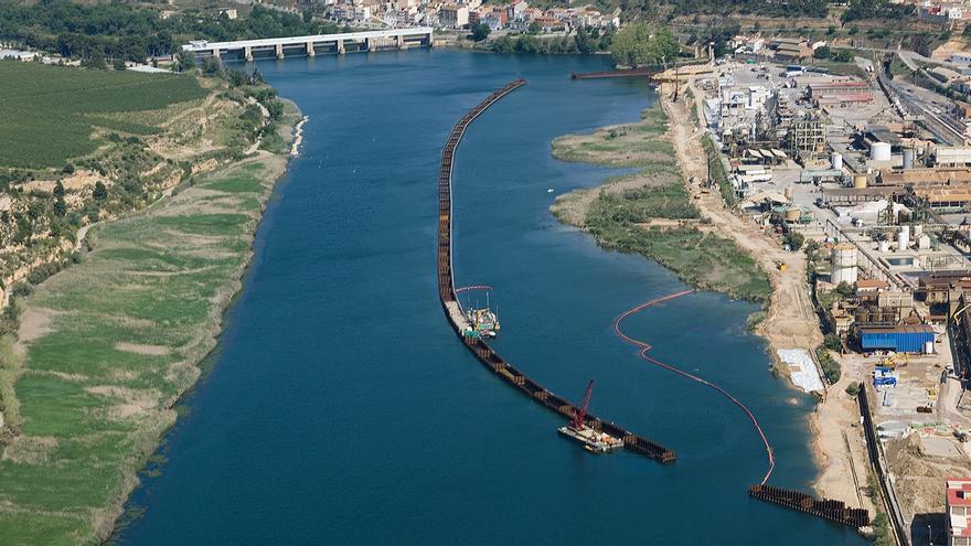 Zona industrial de Flix (Tarragona)