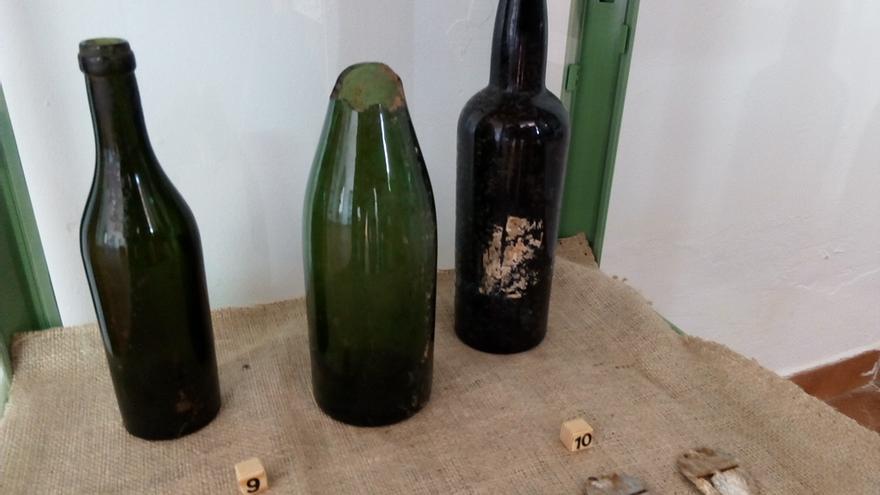 Algunos de los soldados de la brigada mixta eran enterrados con una botella que contenía en su interior el nombre del brigadista muerto en combate / JCD