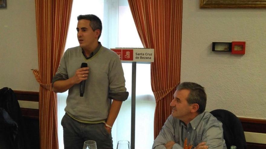 """Zuloaga aboga por """"seguir tendiendo puentes"""" con Podemos para que no se aprueben con """"un voto tránsfuga"""""""