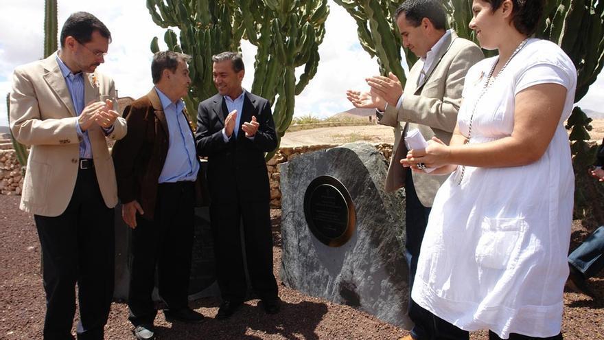 Inauguración del monumento en honor a los represaliados en Tefía.