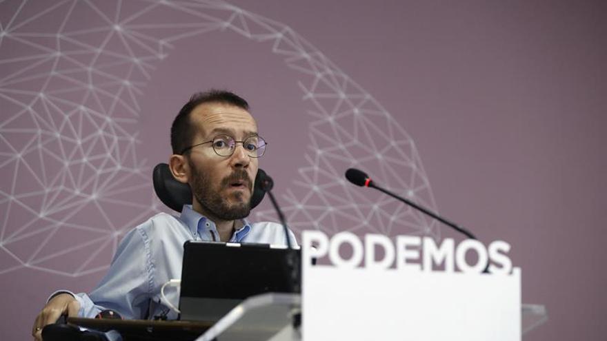 Echenique insta a la gestora del PSOE a preguntar a sus bases sobre la moción