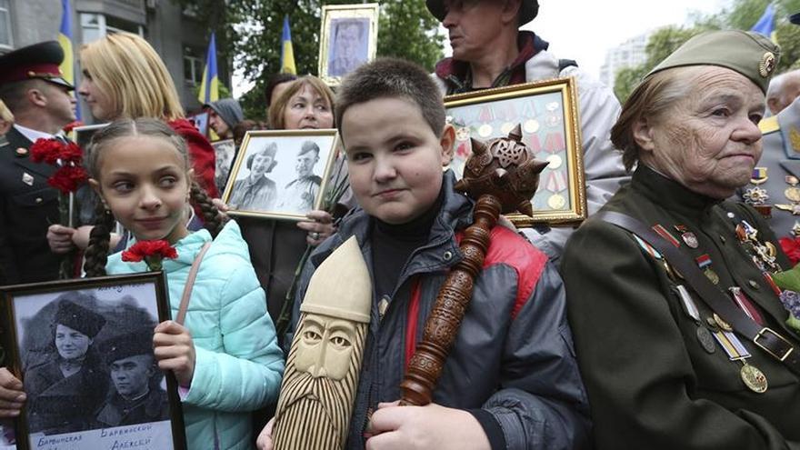 Ucrania dividida por el Día de la Victoria soviética sobre la Alemania nazi
