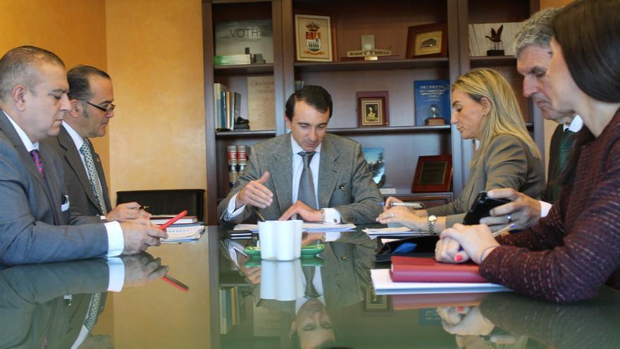 Reunión entre la CHT y el Ayuntamiento de Toledo