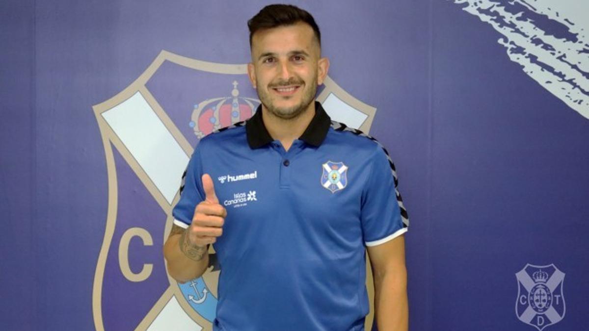 Elady Zorrilla posa en las instalaciones del CD Tenerife
