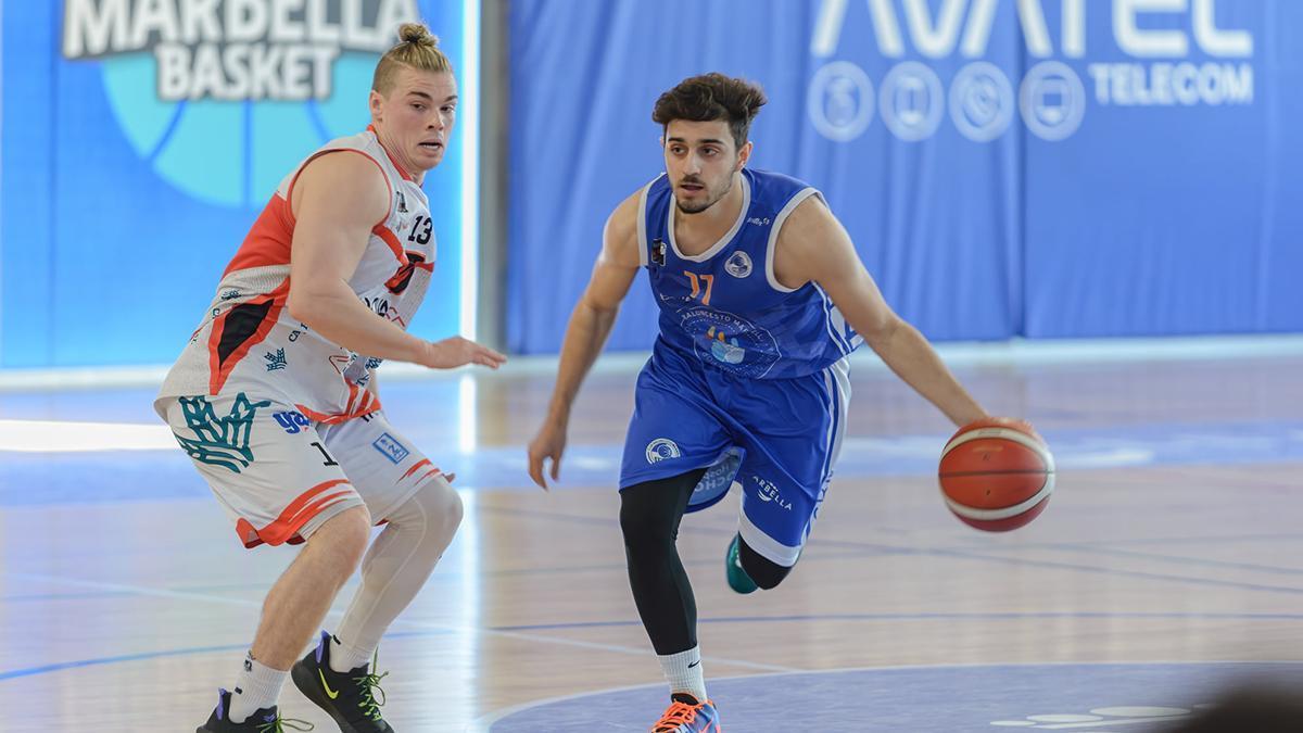Lucas Muñoz durante un encuentro en Marbella