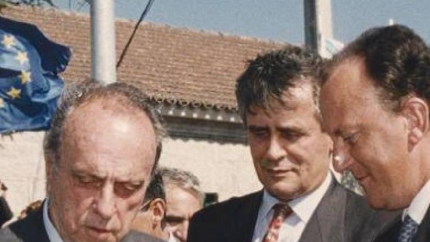 Fraga con el exalcalde de Vigo Manuel Pérez y Diz Guedes ya como delegado del Gobierno en una inauguración