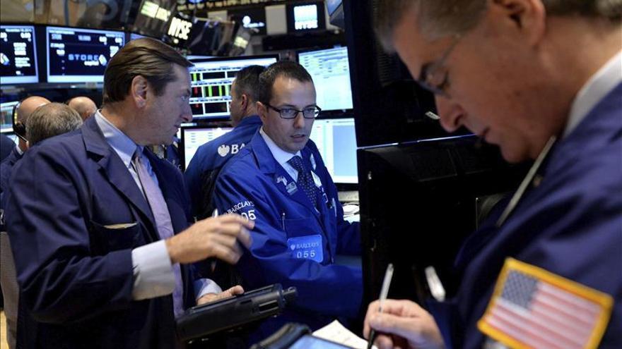 Wall Street abre a la baja y el Dow Jones pierde un 0,29 por ciento
