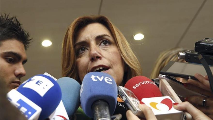 """Susana Díaz pide al PSOE que en los pactos no esté """"frente a nadie, ni en un bloque"""""""
