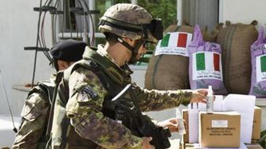 Soldados italianos en Afganistán