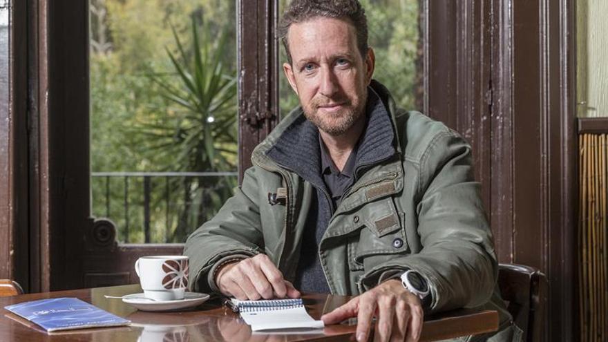El creador de Víctor Ros gana el premio Ateneo de Sevilla con una novela negra