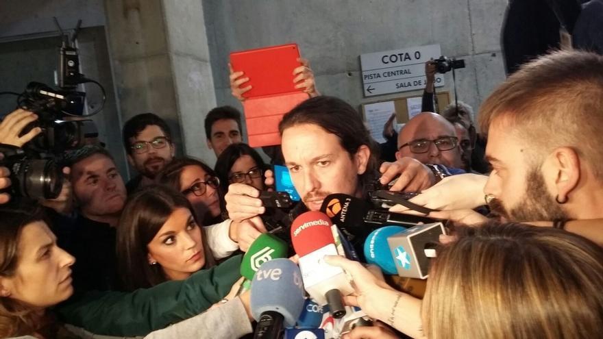 """Iglesias presume de la """"experiencia"""" de los """"gobiernos del cambio"""" y avisa a Rajoy: """"Gobernamos mejor que ustedes"""""""