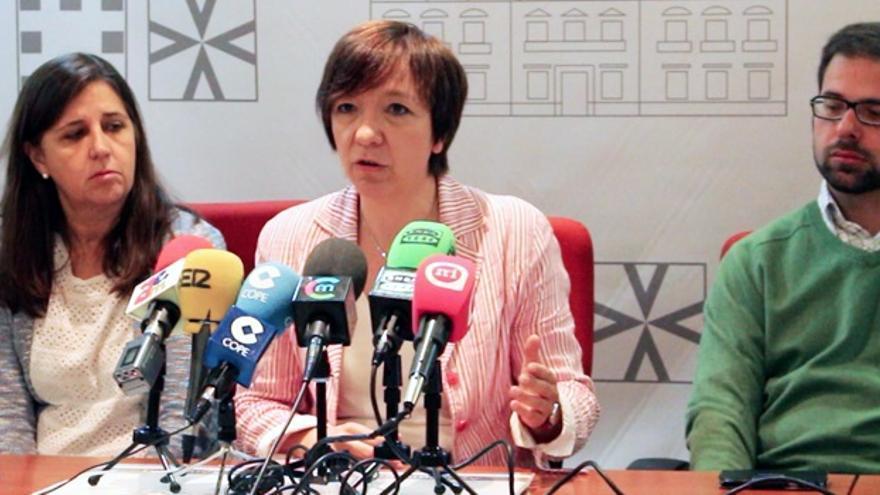 Rosa Melchor y miembros del PSOE / Foto: rosamelchor2015.es