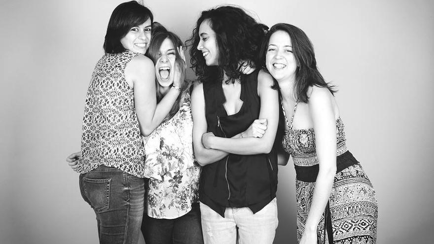 El grupo musical 'Flor de Canela'.