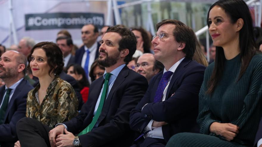 Begoña Villacís y José Luis Martínez-Almeida con Pablo Casado. / Europa Press