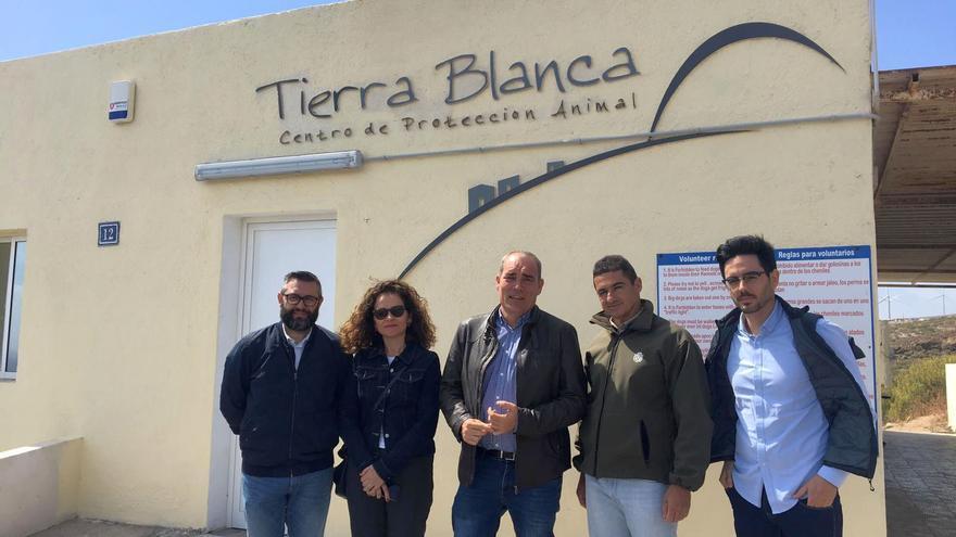 Visita de la delegación palmera al centro de Tenerife.