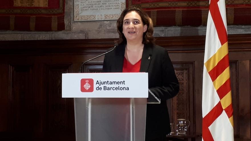 """Colau pide a Torra y Sánchez que """"dialoguen"""" para solucionar el conflicto en Cataluña"""