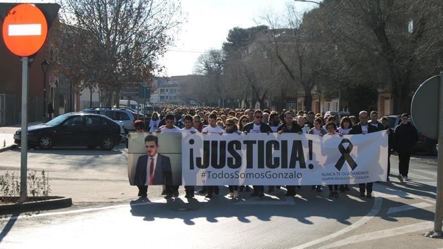 Unas 2.500 personas piden justicia para joven fallecido en Carnaval Herencia