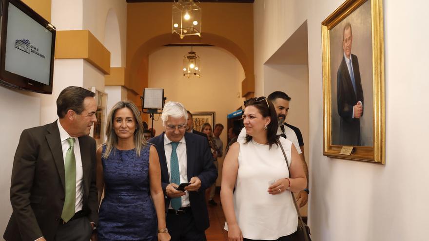 Los ex presidentes José Bono y José María Barreda junto a las alcaldesas de Toledo y Talavera