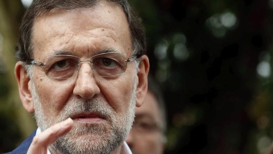 Rajoy cierra campaña sin dudar de su victoria pero alertando de coaliciones