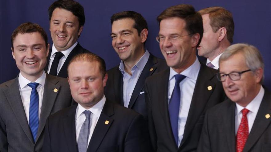 """Los líderes de la UE concluyen una reunión sobre sus """"desafíos"""" internos y externos"""
