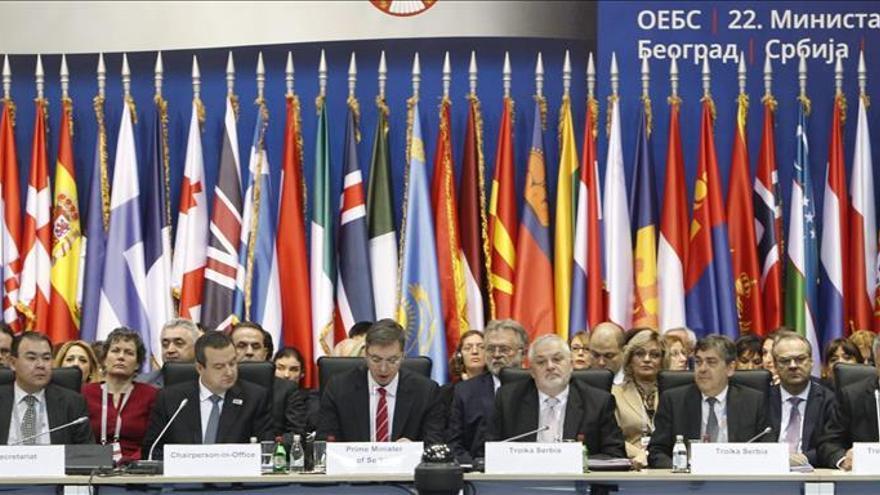 España confía en que aún se puede reconducir el conflicto de Ucrania