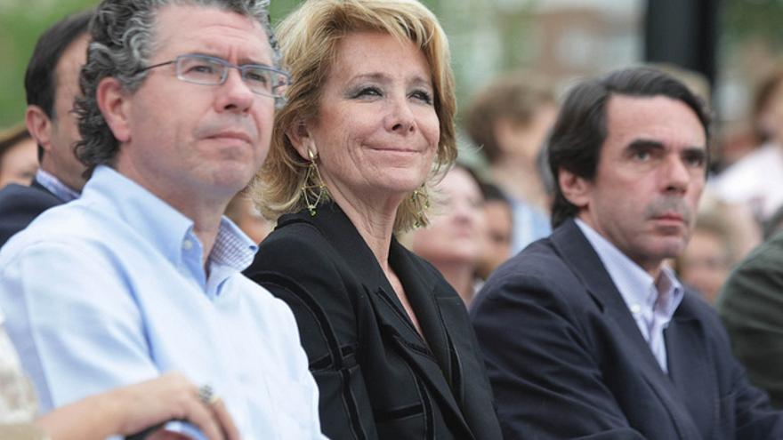 Francisco Granados, Esperanza Aguirre y José María Aznar, en un mitin en mayo de 2011. / Flickr de Francisco Granados