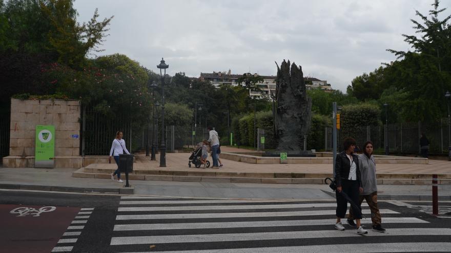 Entrada del Turó Park, en el barrio de Sant Gervasi - Galvany (Barcelona), el pasado martes por la mañana.