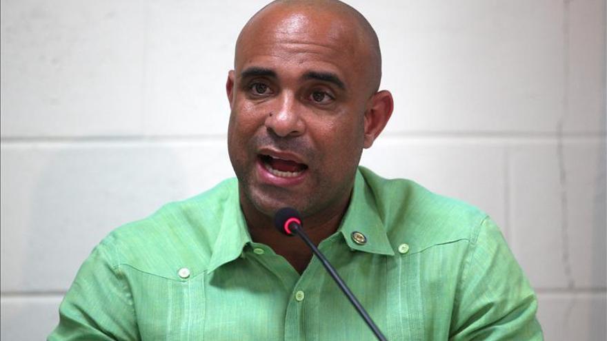 Lamothe optimista ante los obstáculos para celebrar las elecciones, pero critica a senadores