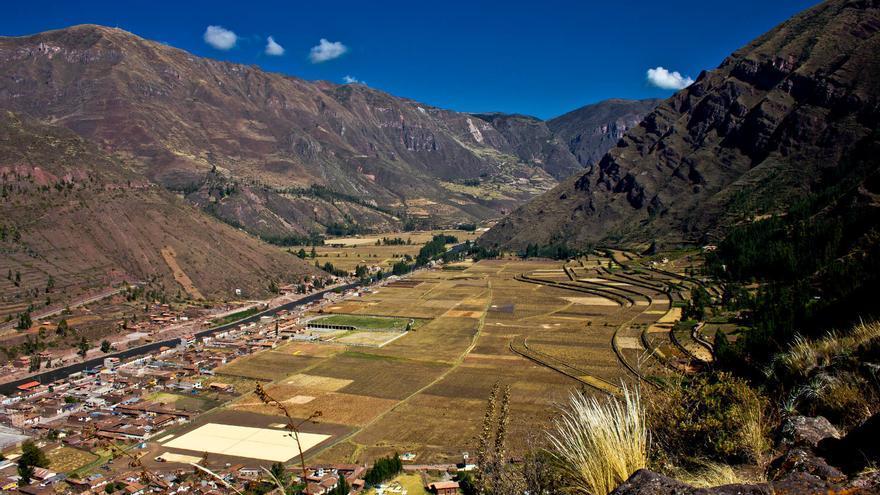 El Valle del Río Urubamba desde la fortaleza incaica de Pisac. VIAJAR AHORA