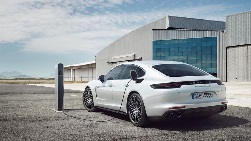 Porsche Panamera Turbo S E-Hybrid.