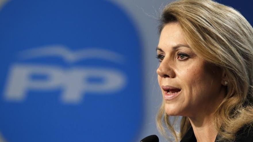 """Cospedal dice que """"de ninguna manera"""" la ausencia de Aznar supone una """"ruptura"""" en el PP"""