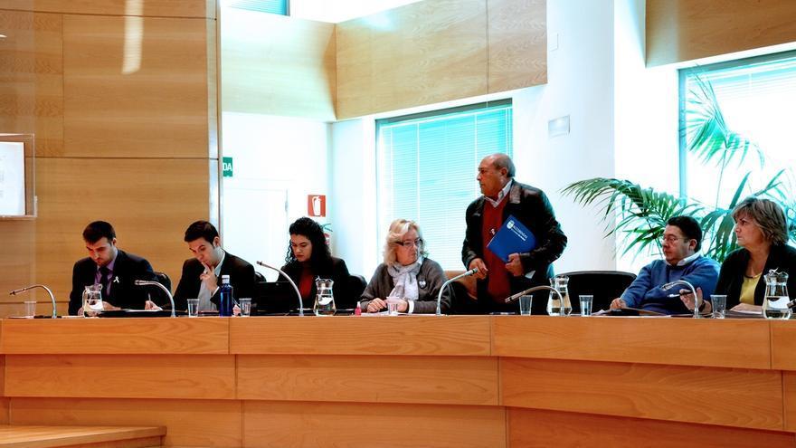 El pleno de Alcobendas reprueba al exalcalde José Caballero por su actuación como consejero de Caja Madrid