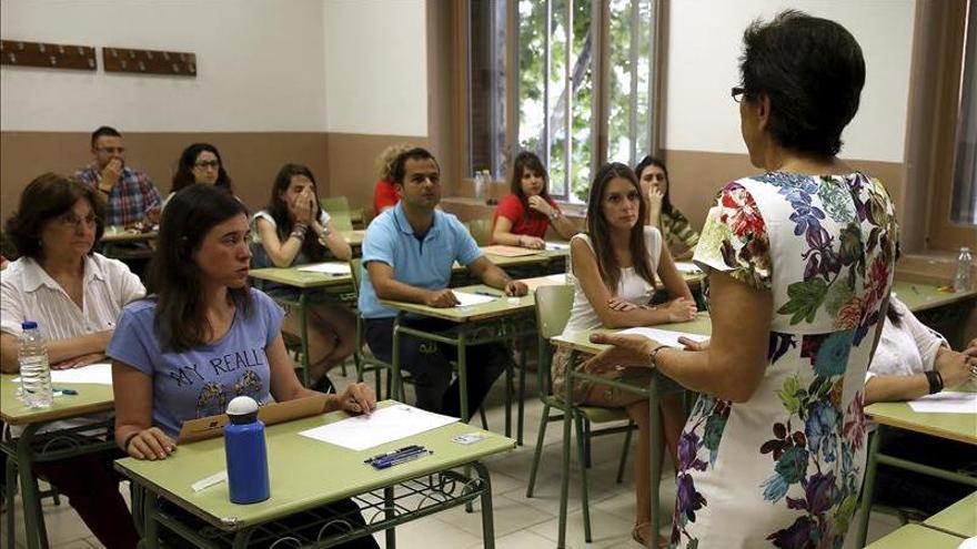 """CCOO denuncia """"numerosas incidencias"""" en las oposiciones de Educación"""