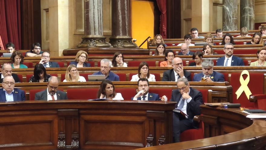 JxCat propone que el Parlament exija derogar el decreto contra la República Digital