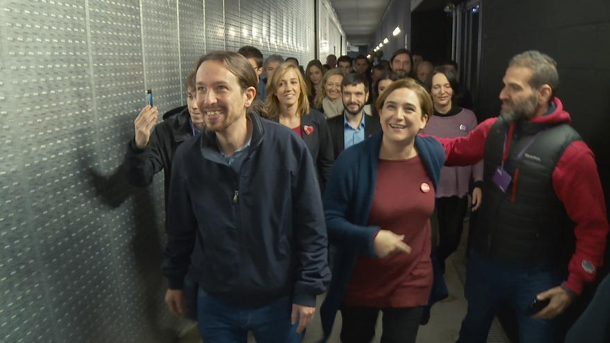 Salida del backstage de un acto electoral. Mediapro.