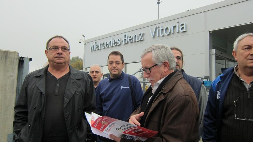 """CC.OO. espera mejorar su representación en Mercedes Vitoria para """"superar la atomización sindical"""" en la fábrica"""
