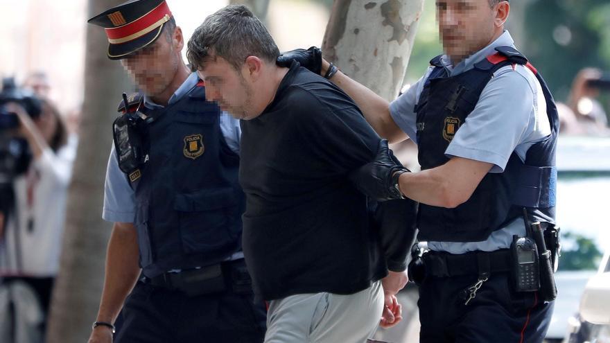 """La fiscal tacha de """"salvaje y brutal"""" el asesinato de una niña de 13 años en Vilanova"""