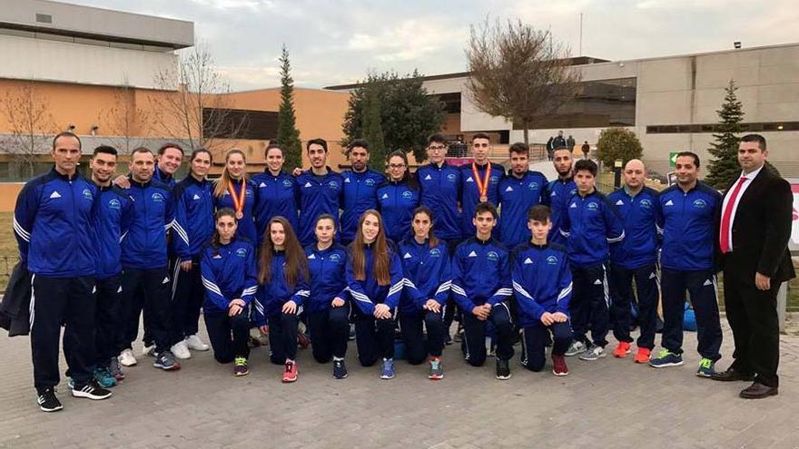 La delegación andaluza en el campeonato de España de taekwondo.