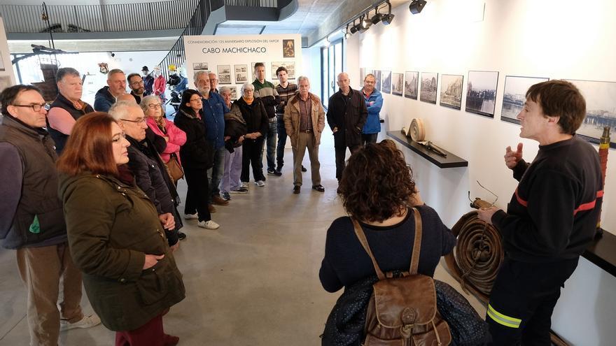 Usuarios del Padre Menni y Asociación Personas Sordas conocen la tragedia del Machichaco en Museo Bomberos