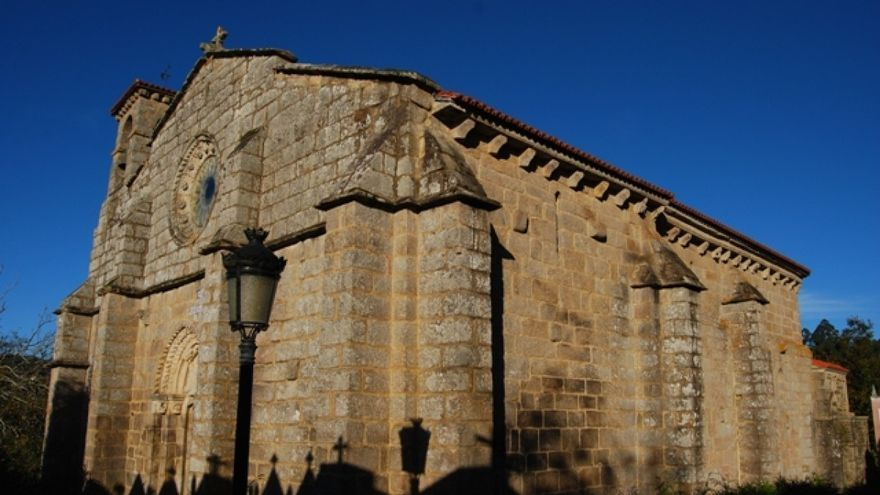 Monasterio de San Salvador de Cins, en Oza dos Ríos