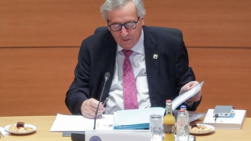 """Juncker defiende que la CE ha actuado """"coherente"""" en el caso del """"Open Arms"""""""