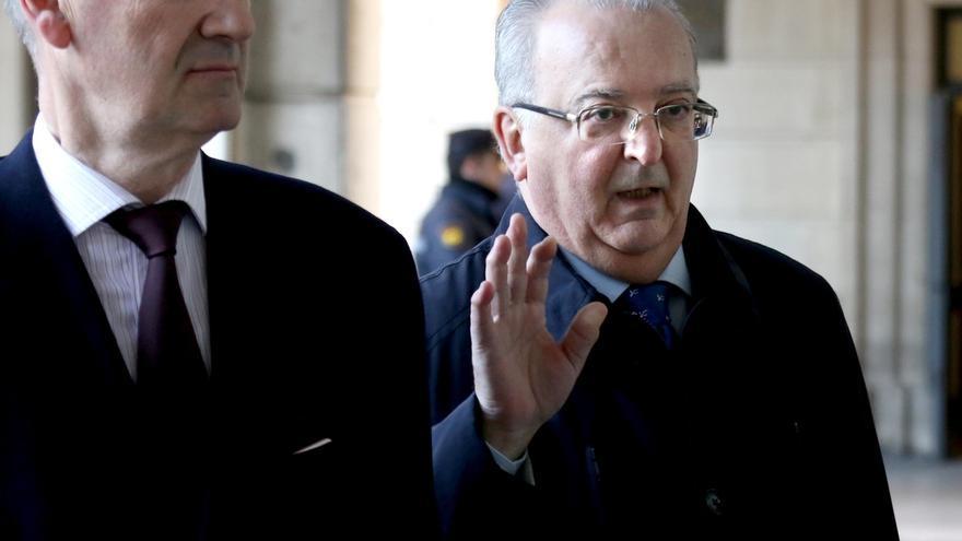 """Fernández: las ayudas de los ERE eran """"absolutamente iguales"""" a las dadas por el Estado con la orden del 95"""