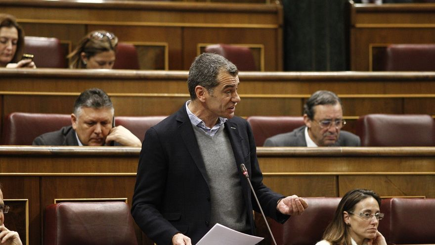 """Toni Cantó dice que no le """"preocupa"""" Ciudadanos sino el PP, al que espera poder desalojar de la Generalitat valenciana"""