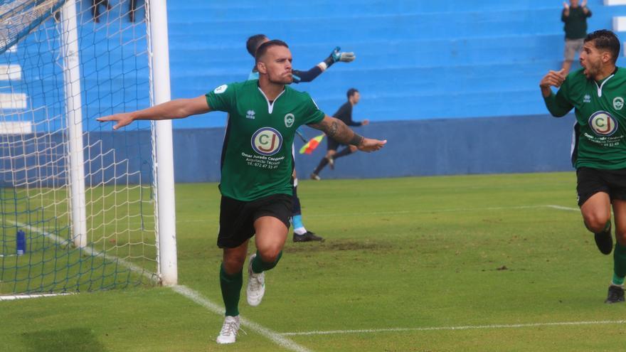 Alex Yunes, goleador del Atlético Paso.